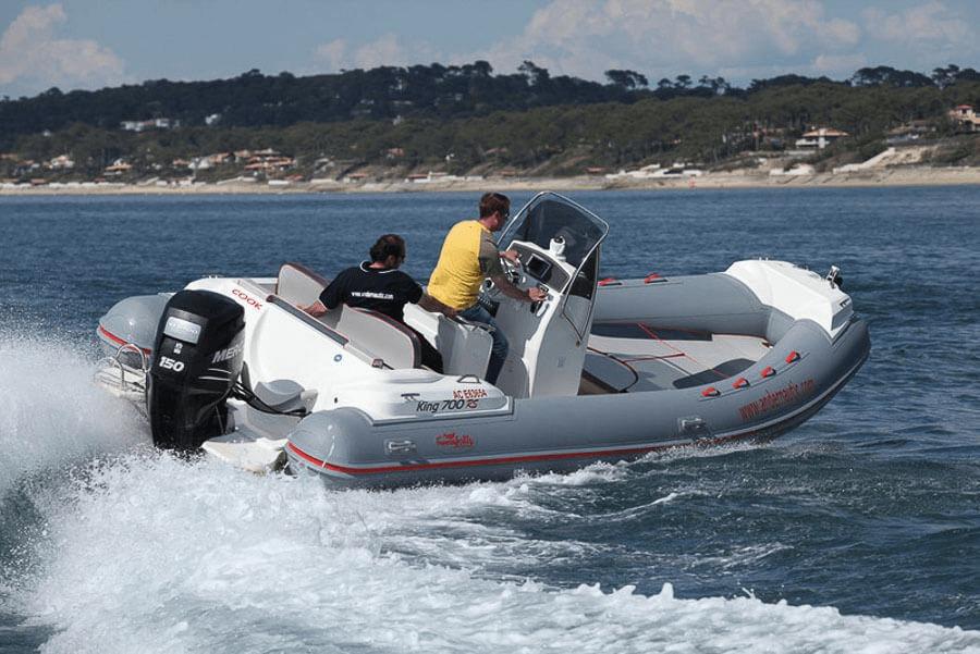 Photo du bateau à moteur NUOVA JOLLY King 700 RS