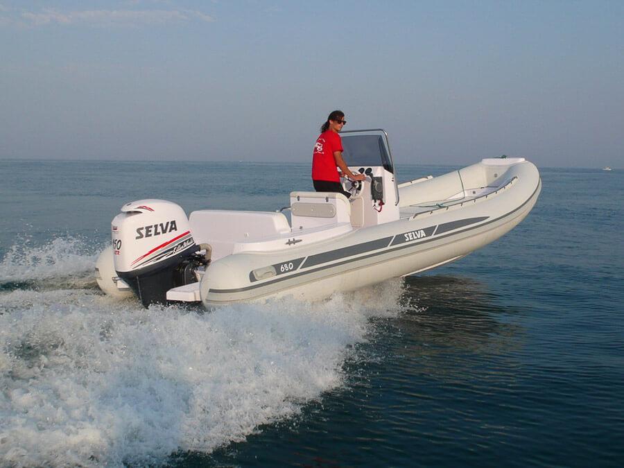 Photo du bateau à moteur SELVA D.680