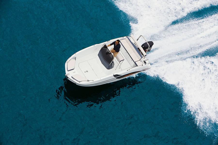 Photo du bateau à moteur BENETEAU Flyer 5.5 SPACEdeck