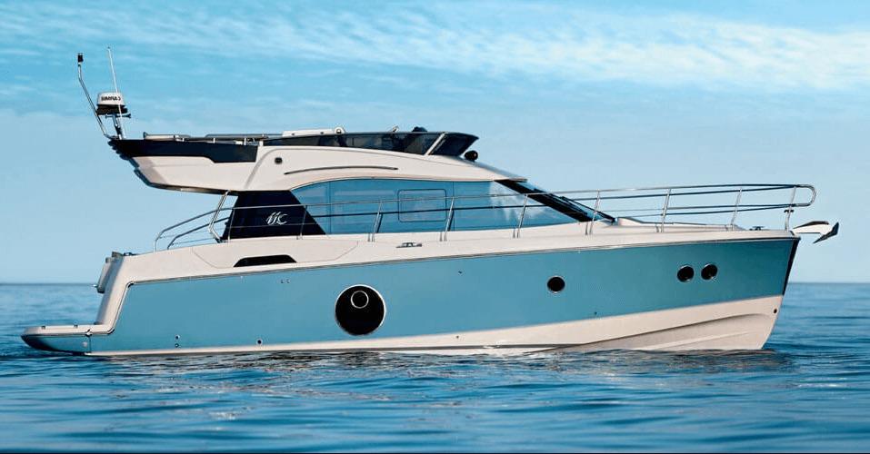 Location BENETEAU Monte Carlo 4 à Ajaccio | www.uni-bateaux.com
