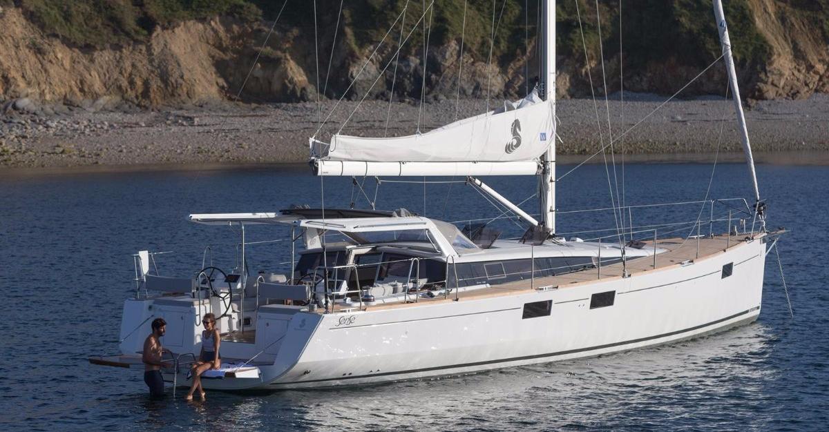 Location BENETEAU SENSE 51 à Ajaccio | www.uni-bateaux.com