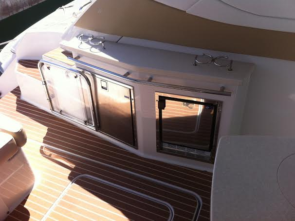 Photo du bateau à moteur Four Winns V 408